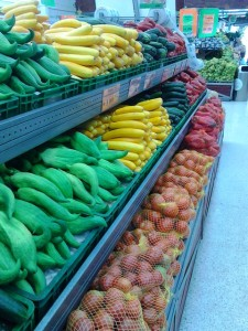 vegetable store in Colombia