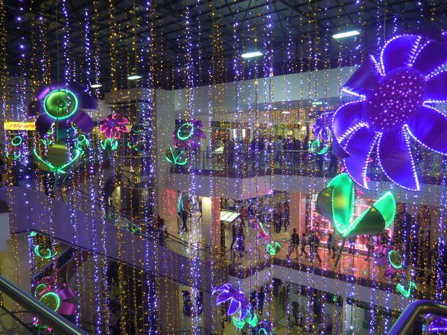 Sante Fe Mall Christmas Lights